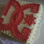 DC logós torta