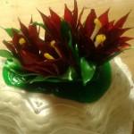 Kaktusz virágos torta