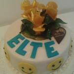 Sárga rózsás smile torta